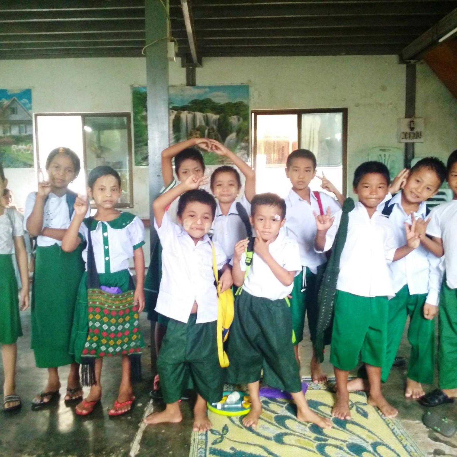 Myanmar children 3