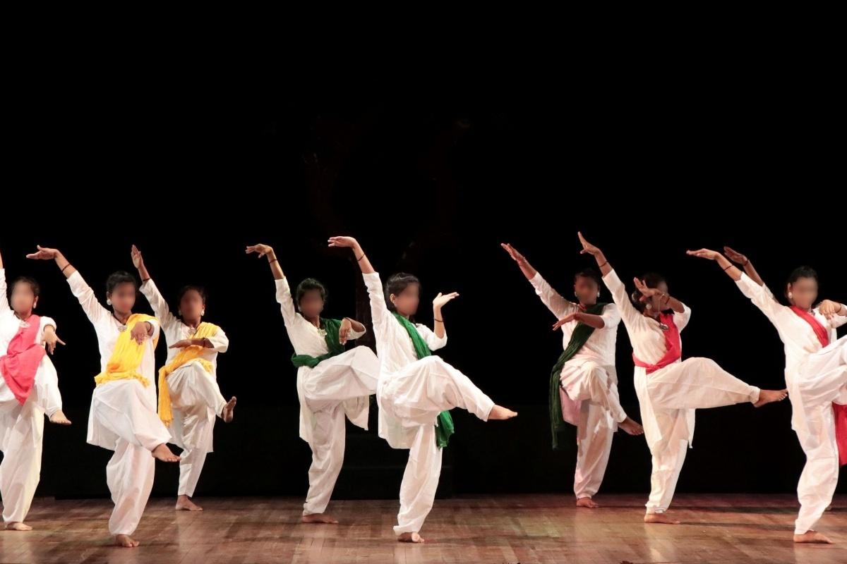 JKPS Dance, small