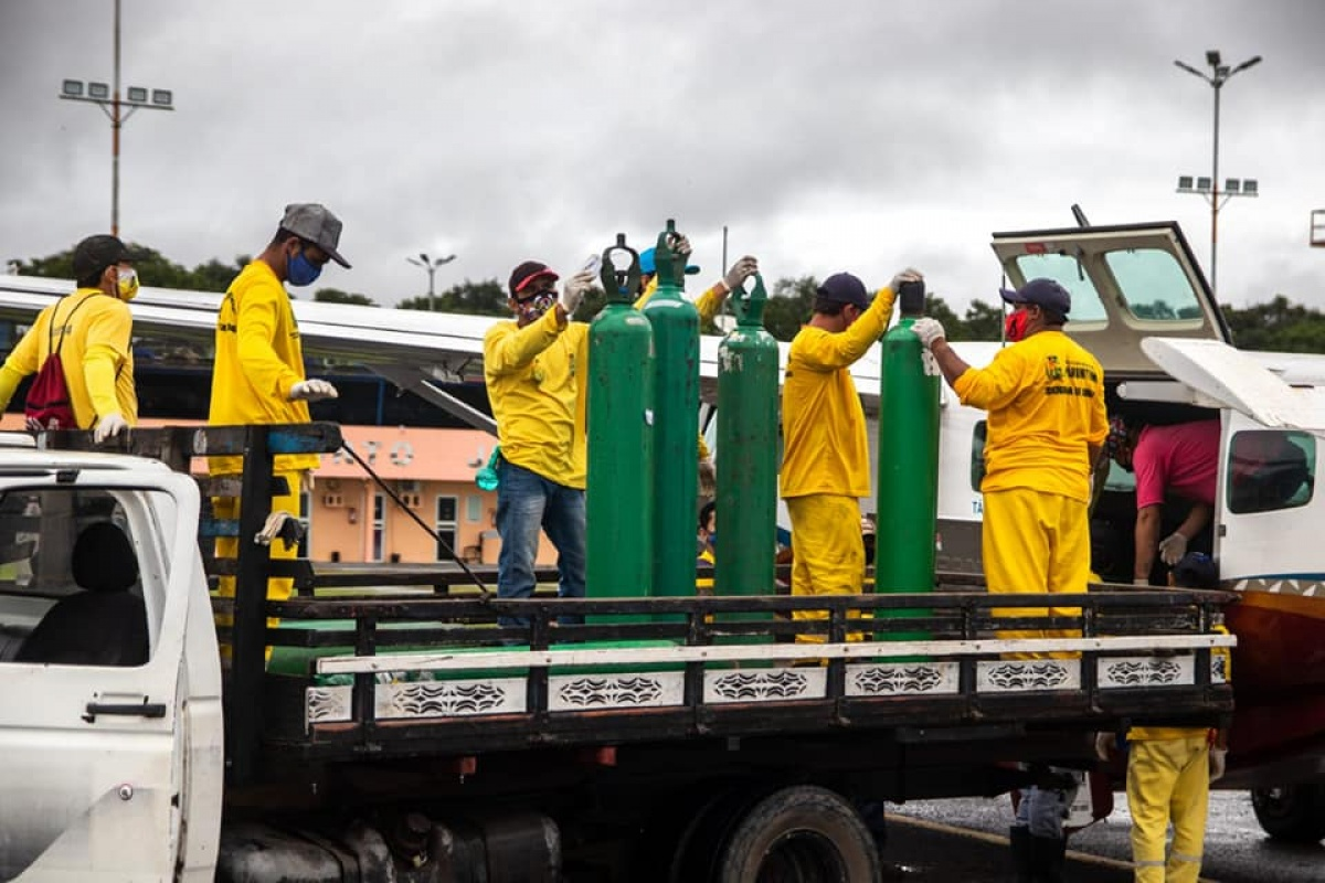 oxygen tanks transported